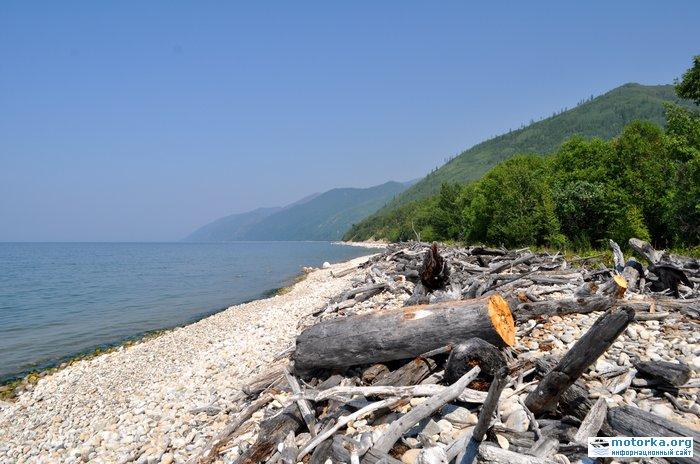 берег Байкала в районе р. Большая Черемшана