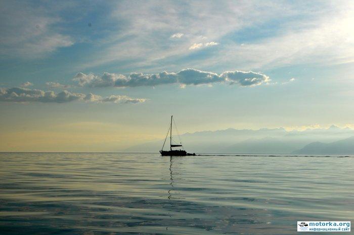 яхта в Чивыркуе