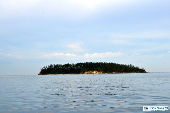 Малый Ушканий остров