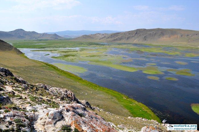 Вид с горы Шебета на залив Усть-Анга
